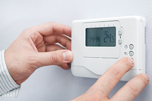 Configuring thermostat